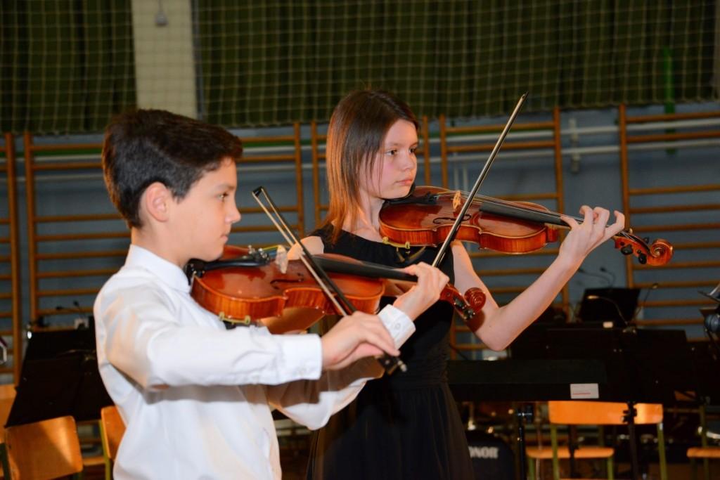 Božično-novoletni koncert učencev GŠ Lendava, oddelek Črenšovci